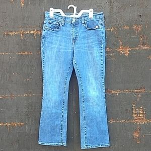 Levi's size 10 boot cut jeans short
